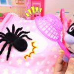 アンパンマン おもちゃ アニメ ドキンちゃんのためにバイキンマン 巨大クモをつかまえるぞ! アニメキッズ